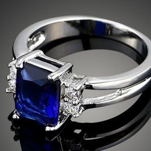 🎁💍 Sterling Silver Sapphire CZ Ring❗️❗️💍🎁